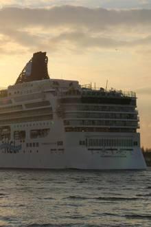 "Die ""Norwegian Star"" der Reederei ""Norwegian Cruise Line"""