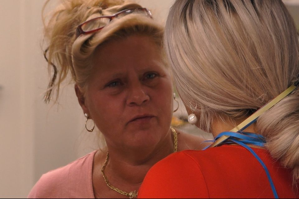 Keine gute Stimmung zwischen Silvia Wollny (l) und Sophia Vegas