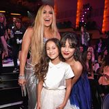 Heute feiert die mittlerweile 10-jährige, selbstbewusste Emmedie Erfolge ihrer Mutter J.Lo schon bei Großveranstaltungen wie hier den MTV Video Music Awards.