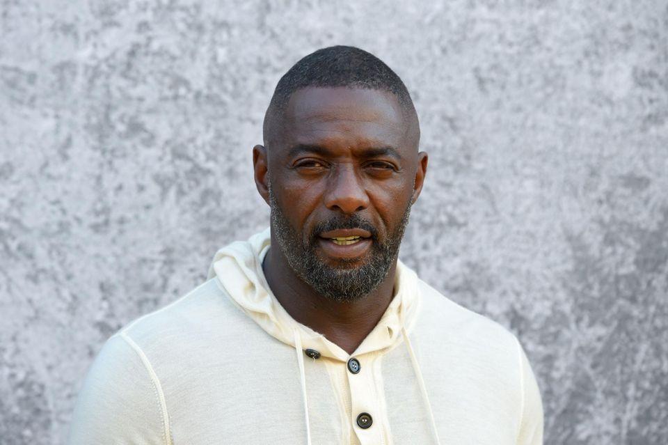 """Auch wenn er aktuell einer der heißesten Kandidaten auf die """"James Bond""""-Nachfolge von Daniel Craig ist, dementiert Idris Elba die Übernahme der Rolle."""