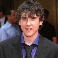"""Matthew Lewis sollten die meisten Menschen eher unter dem Namen Neville Longbottomaus den """"Harry Potter""""-Filmen kennen und etwa so in Erinnerung haben."""