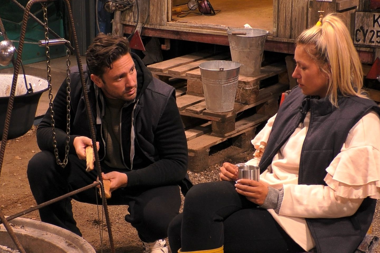 Daniel Völz gibt Chethrin Schulze erst das Zuckerbrot - und dann die Peitsche