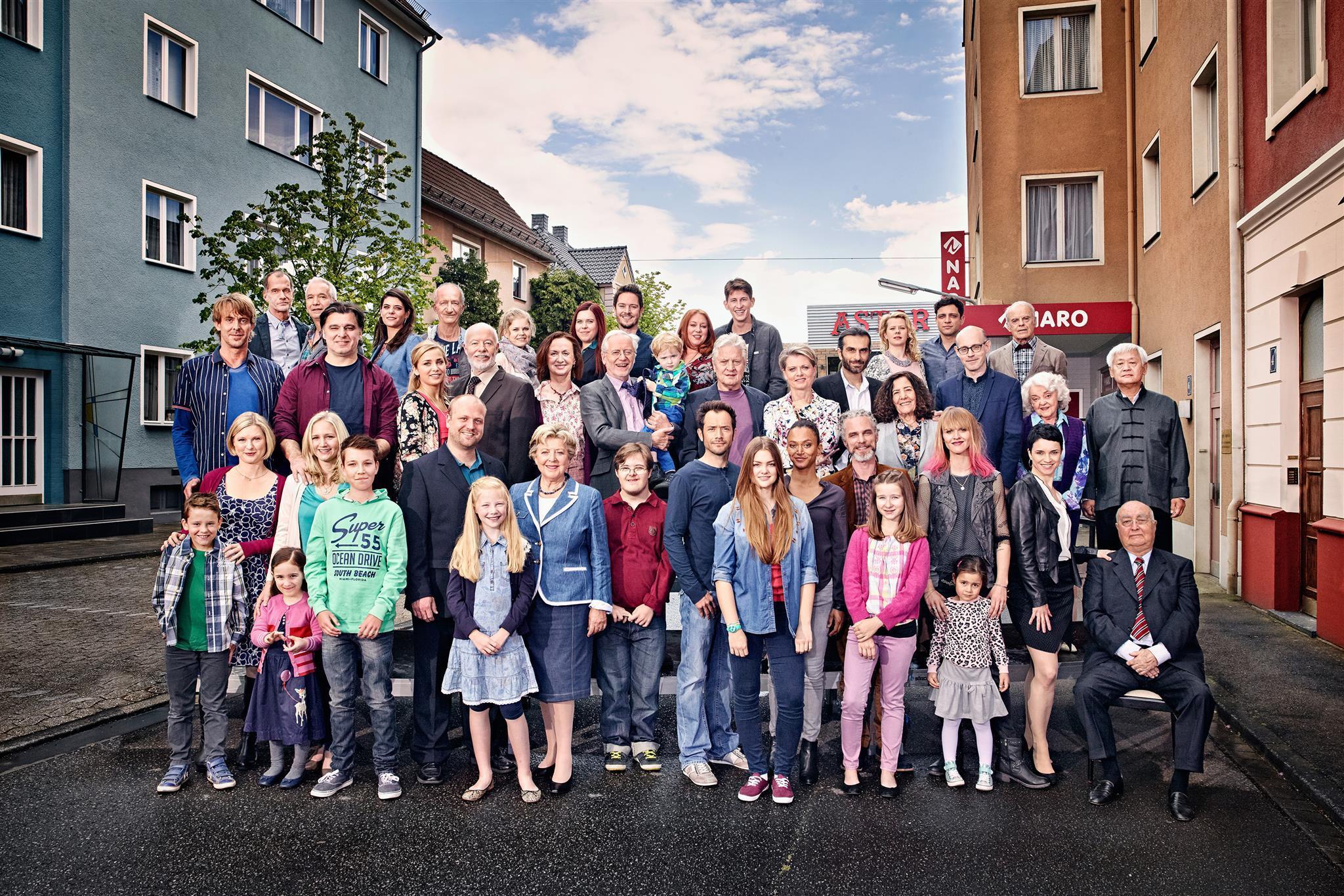 Lindenstraße Der Dauerbrenner Im Tv Galade