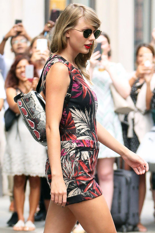 Sängerin Taylor Swift ist auf den Rucksack-Trend bereits aufgesprungen.