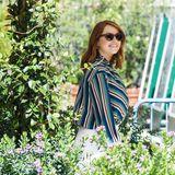 Emma Stone bei ihrer Ankunft in Venedig im strahlenden Sonnenschein.