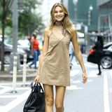 Ihr großer Traum ist zum Greifen nah: Auch Stefanie Giesinger ist zu den Castings von Victoria's Secret in New York. In einem knappen Kleidchen und derben Boots posiert sie strahlend für die Fotografen. Wir drücken die Daumen, Steffi!