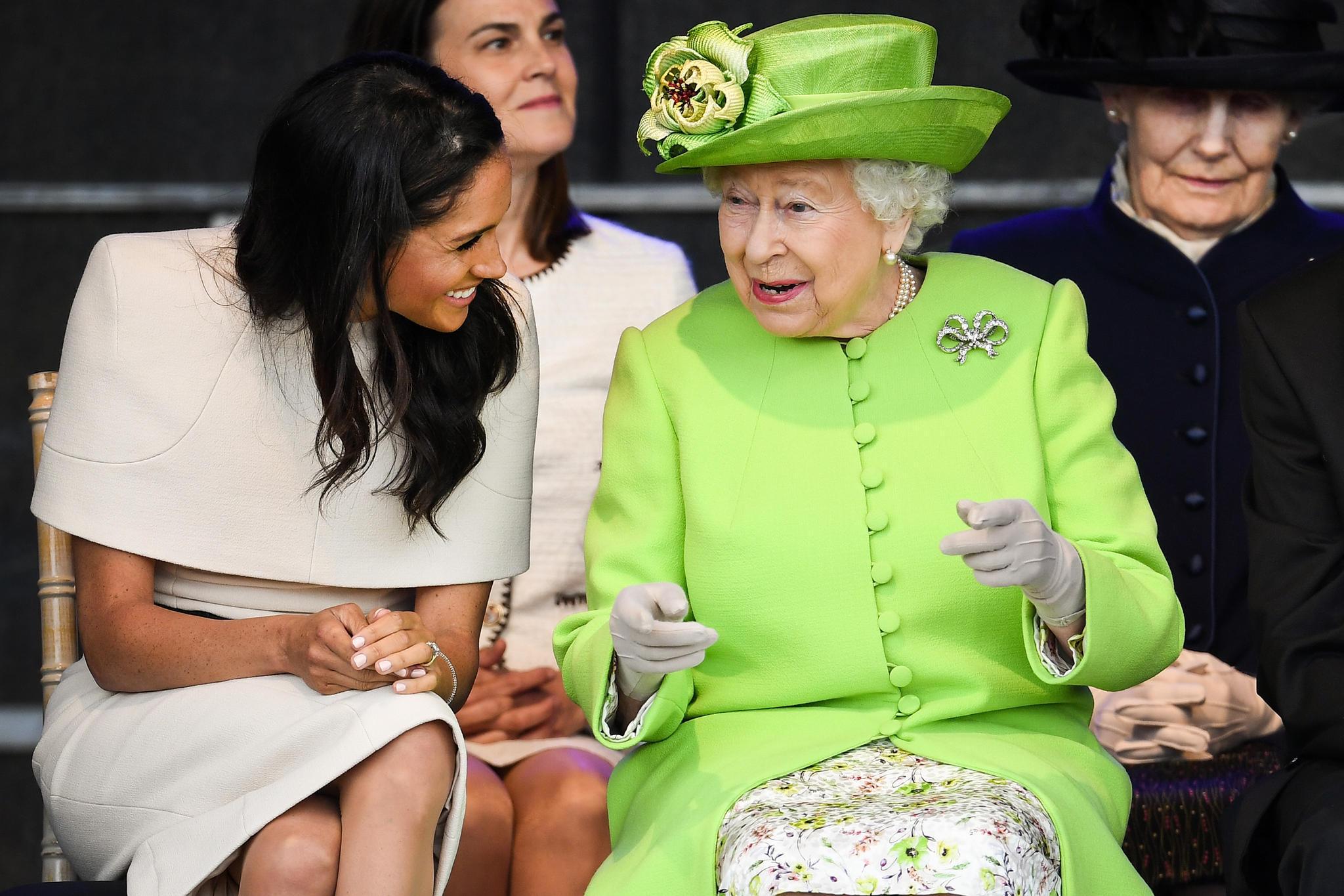 Herzogin Meghan + Queen Elizabeth