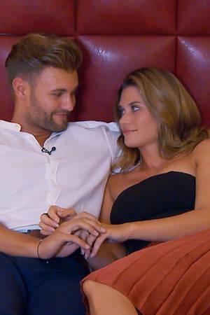 Daniel und Nadine versuchen noch einmal intensiv die letzten Stunden vor der großen Entscheidung zu nutzen