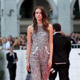 """Stacy Martin glitzert bei der """"Vox Lux""""-Premiere im Silber-Jumpsuit von Chanel Haute Couture."""