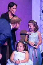 4. September 2018  Bei diesem Anblick freuen wir uns schon, wenn Spaßmacher Harry und seine Meghan endlich selbst Kinder bekommen.