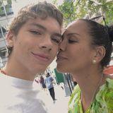 4. September 2018  Zu seinem 19. Geburtstag postet Mama Barbara Becker diesen süßen Schnappschuss der beiden.
