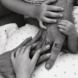 7. September 2018  Was für eine Überraschung! Erfreuliche Neuigkeiten beiRobbie Williams und Ayda Field. Die beiden sind Eltern eines dritten Kindes geworden.Colette Josephine heißt die kleine Tochter des Paares.Doch wir haben keinen Babybauch bei Ayda Field übersehen, denn das Kind kam per Leihmutter auf die Welt.