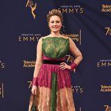 """""""Twin Peaks""""-Legende Mädchen Amick treibt es bei den Creative Arts Emmysfarblich auf die Spitze."""