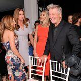 Am Catwalk warten schon die anderen Celebrities wie Caitlyn Jenner. Die Stimmung ist super!