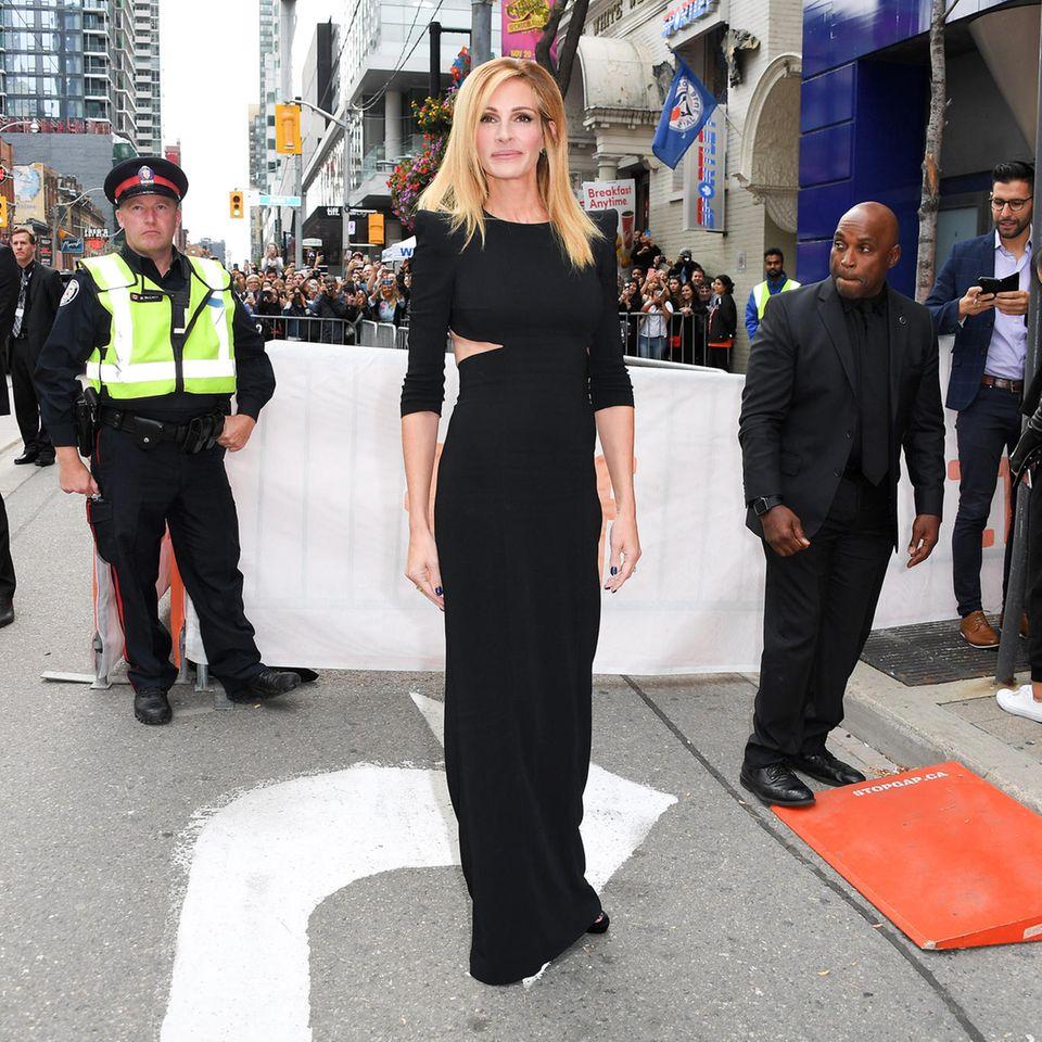 """Elegant in Schwarz und wunderschön zeigt sich Julia Roberts bei der Premiere von """"Ben Is Back"""""""