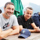 Eine kurze Pause für Marco Schreyl und seine Buddy-Kollegen gibt es beim Dornerbauern.