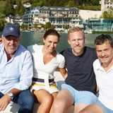 Ganz ohne Frauen geht es eben doch nicht:Simone Gastberger von Scalaria nimmt Hans-Reiner Schröder (BMW), Björn Strumann (Coty) undMichael Betzelt (E.A.Cosmetics) mit auf eine Bootstour.