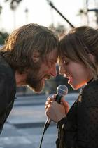 "Bradley Cooper und Lady Gaga in ""A Star Is Born"""