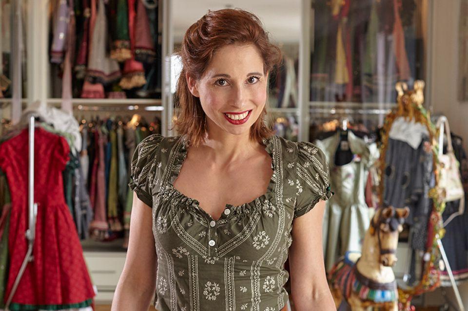 Lola Paltinger, Münchener Trachtenmode-Designerin mit eigenem Maßatelier