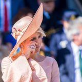 Bei der Verleihung eines Militär-Orden ist Königin Máxima zu Tränen gerührt.