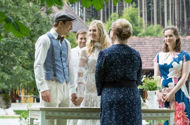 Sturm Der Liebe Hochzeit Alicia Und Viktor Sagen Ja Die
