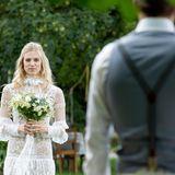 Auf diesen Moment hat Viktor lange gewartet: Seine große Liebe Alicia schreitet zum Altar, um ihn zu heiraten
