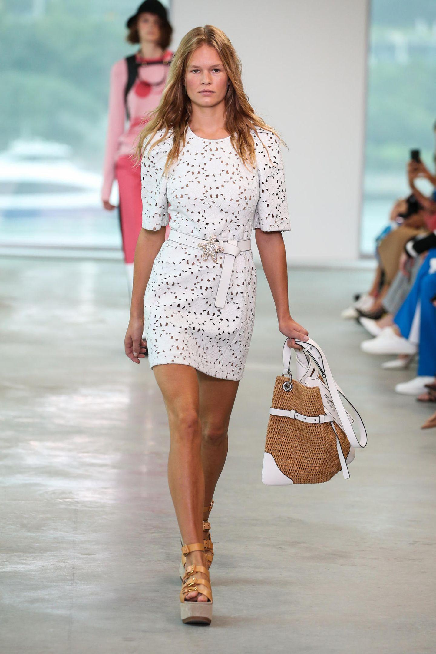 Auch das deutsche Model Anna Ewers ist während der New Yorker Fashion Week unter den Models.