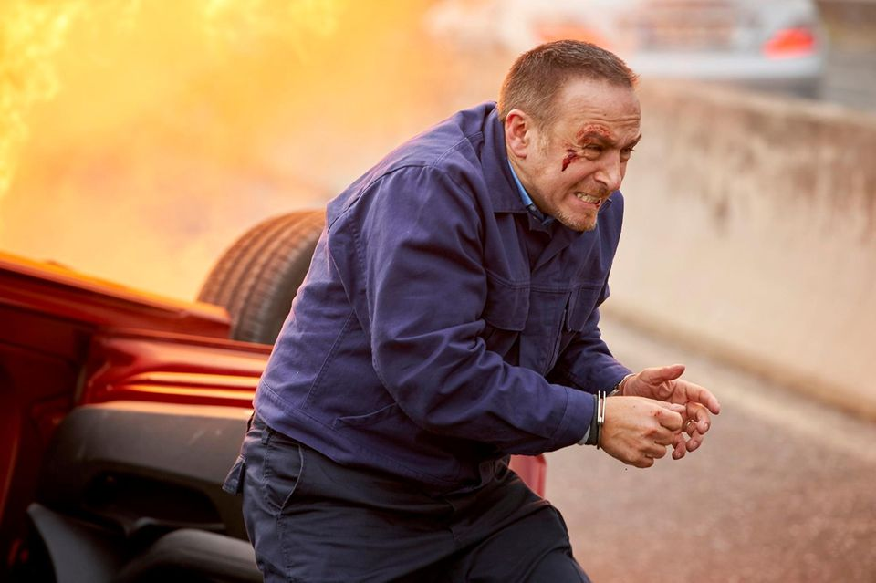 Semir (Erdogan Atalay) verletzt nach einem Crash