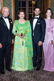 """Prinzessin Victoria greift durch: 14. September 2018  Die schwedische Königsfamilie lädt 200 Gäste zum traditionellen """"Schwedendinner"""" ins Schloss in Stockholm. Das Dinner findet zu Ehren von König Carl Gustaf statt, der am 15. September sein 45. Thronjubiläum feiert."""