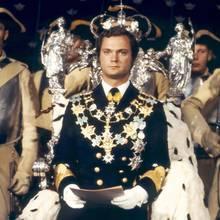 15. September 2018  45. Thronjubiläum: Nach dem Tod seines Großvaters im Jahr 1973 besteigt Carl Gustaf mit nur 27 Jahren den schwedischen Thron. Er geht damit als der am längsten regierende König in die schwedische Geschichte ein.