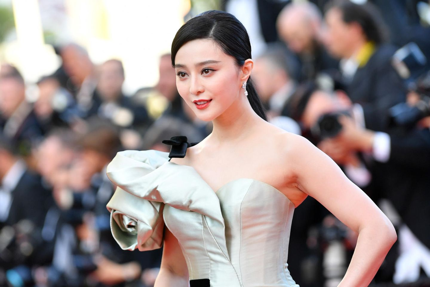 Top 10 Most Beautiful Chinese Actresses - Instanthub