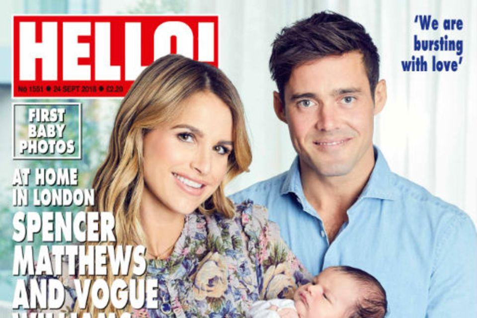 """Auf dem Cover des britischen Magazins """"Hello!"""" zeigen Vogue Williams und Spencer Matthews das erste Mal Sohn Theodore."""