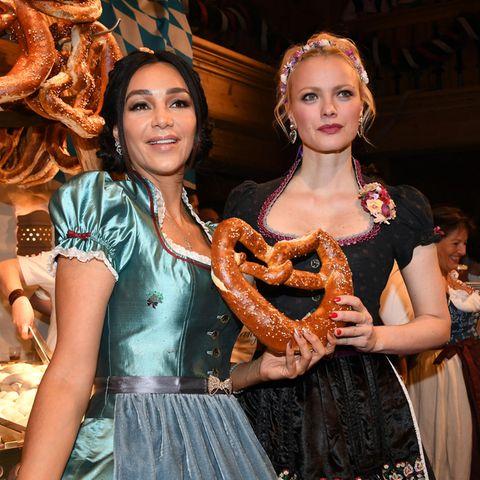 Verona Pooth und Franziska Knuppe tragen beide Lola Paltinger