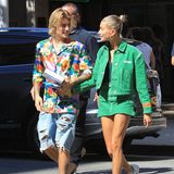 30. August 2018  In sommerlichen Outfits spazieren Justin und Hailey durchs sonnige Beverly Hills.
