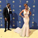 Sterling K. Brownscheint total begeistert von seiner schönen FrauRyan Michelle Bathe zu sein.