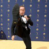 Was wäre ein Red-Carpet-Auftritt ohne übermotivierte Spaßvögel? ComedianMatt Iseman zeigt seineKung-Fu-Fähigkeiten.