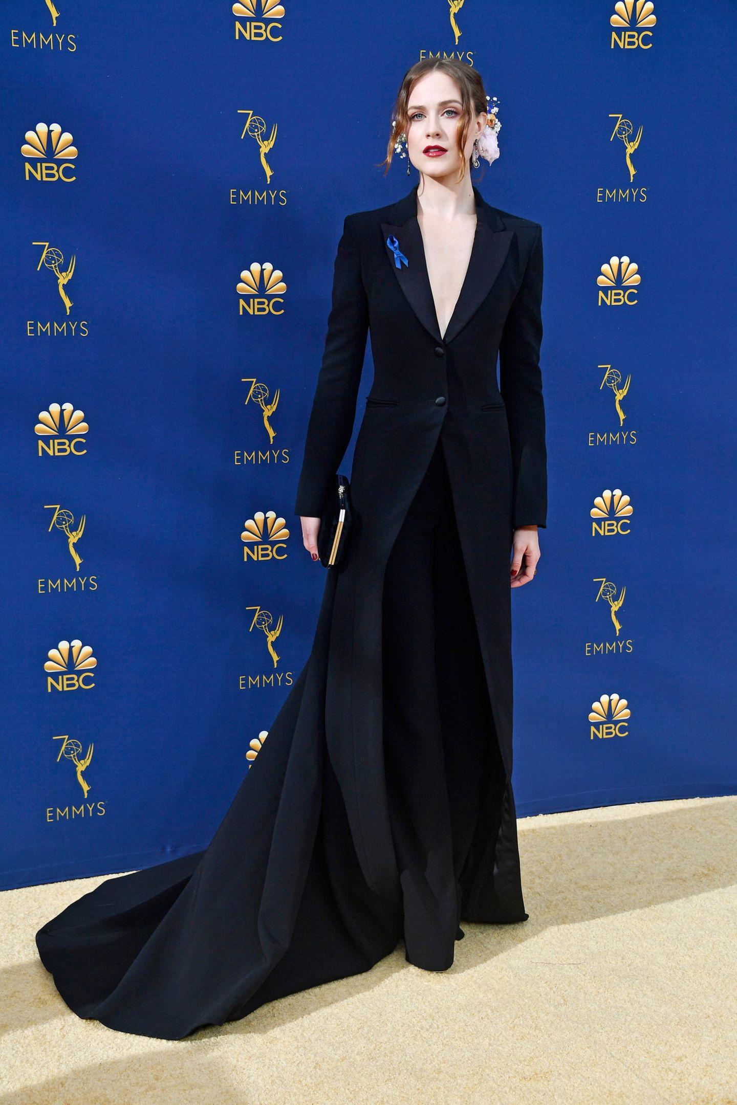 Eleganz im Anzug: Evan Rachel Wood trägt Altuzarra