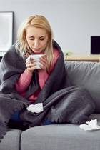 Mit dem Herbst steht auch wieder die Erkältungszeit bevor. GALA weiß, wie Sie schon zuhause etwas gegen Schnupfen, Hals- oder Kopfschmerzen tun können.