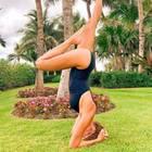 Stars wie Alessandra Meyer-Wölden haben den Yoga-Trend für sich entdeckt und zeigen, dass man die Übungen an fast jedem Ort praktizieren kann.