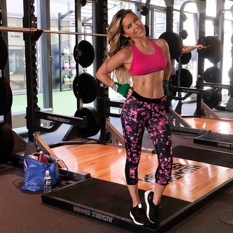 Moderatorin Sylvie Meis hält ihren Body mit Crossfit in Form.