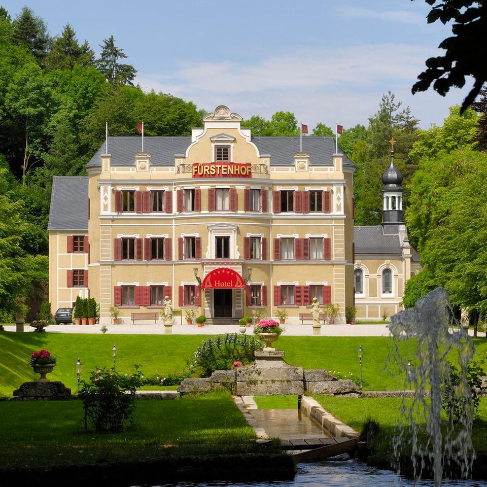 """Der """"Fürstenhof"""" ist das Wahrzeichen von """"Sturm der Liebe"""""""