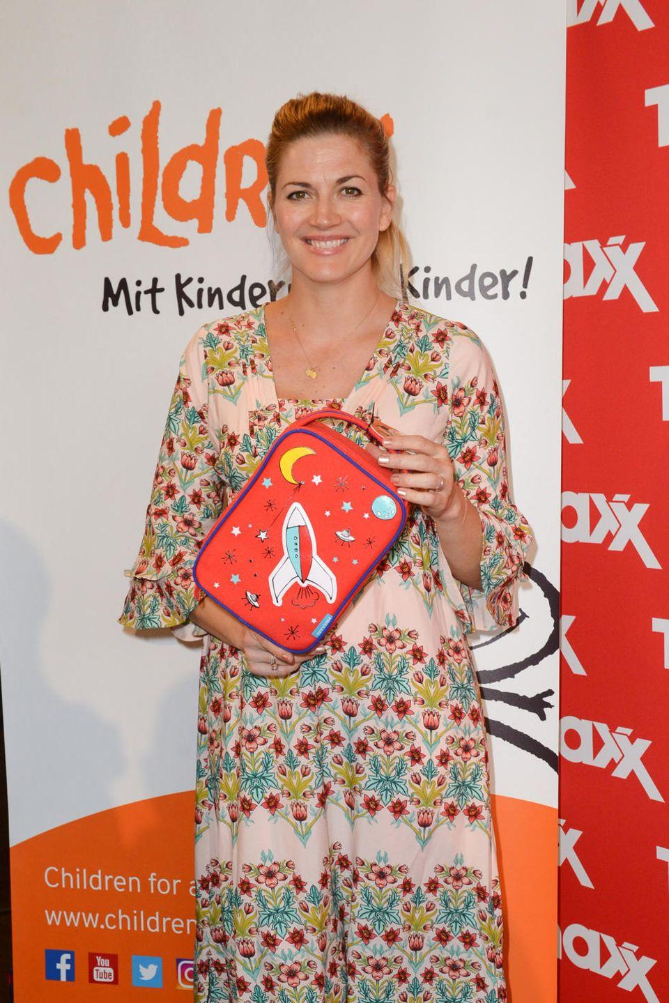 Nina Bott ist eine der prominenten Unterstützerinnen des Charity-Projekts für Kinder.