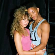 """Zeitreise: So nah waren sich Mariah Carey und Will Smith vor fast 30 Jahren auf einem Festival in Los Angeles.Wer hätte das gedacht? Dassich die beidenvor geraumer Zeit einmal ganz schön nahe gewesen sind. Mit einem """"Flash Back Friday""""-Foto erinnertdie Sängerin auf Instagram an diesen Moment und zeigt ein Foto der beiden, auf dem sie noch verboten jung aussehen. Ein Paar waren die beiden- zumindest offiziell nie. Trotzdem stellt sich die Frage weshalb die Pop-Diva dieses Foto auf ihrem Instagram-Account teilt."""
