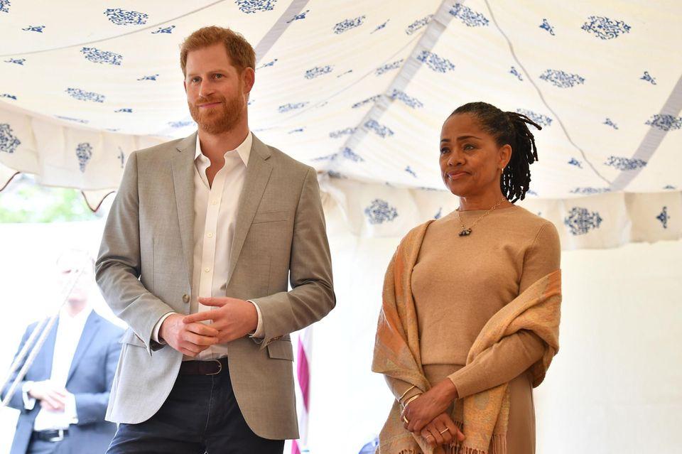 Prinz Harry und Doria Ragland stehen Meghans an ihrem besonderenTag zur Seite
