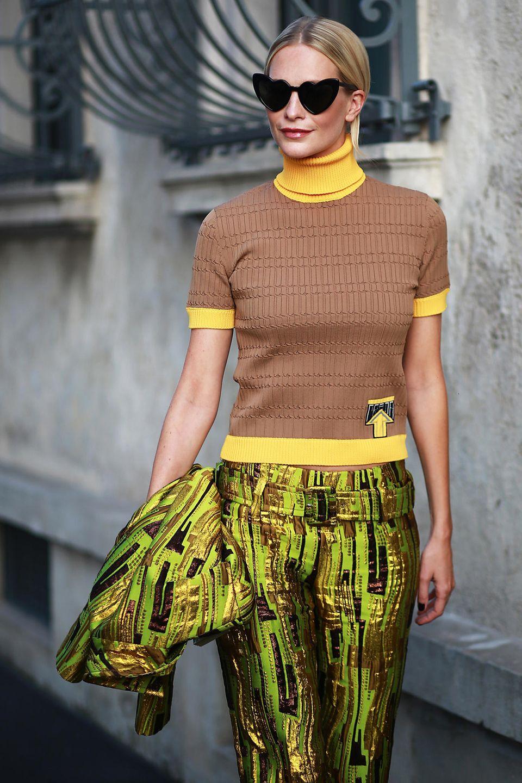 Ganz verliebt in die neue Kollektion von Prada ist auch Poppy Delevingne.