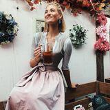 Model Mandy Bork zeigt uns wie schön Dirndl sein können.