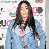 Mutya Buena verlässt die Sugababes Ende 2005. Mit ihren vielen Tattoos und der extrem Schminke bleibt sie allerdings bis heute das Bandmitglied mit dem höchsten Wiedererkennungswert.