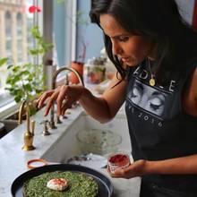 Sport und Essen sind die zwei großen Leidenschaften von Padma Lakshmi, die ihre Gerichte immer gut würzt.