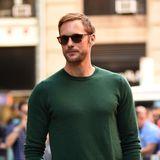 26. September 2018  Lässiger Auftritt in Pulli und Sonnenbrilledes SchauspielersAlexander Skarsgård in New York.