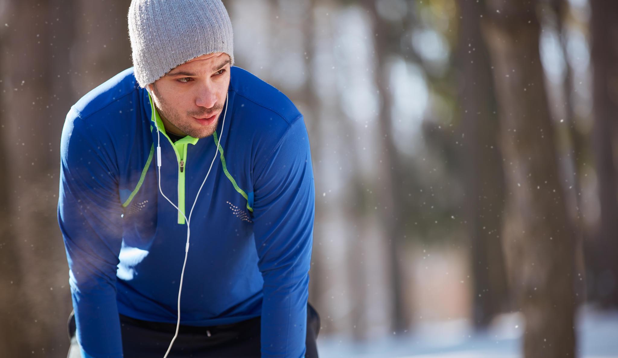 Grundregel beim Joggen im Winter: Immer schön durch die Nase atmen.
